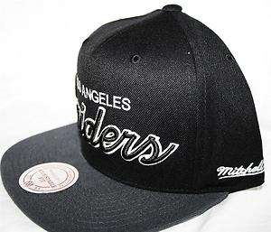 Mitchell & Ness Los Angeles Raiders Retro Snapback Cap