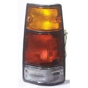 1994 97 HONDA PASSPORT TAILLIGHT WITH BLACK TRIM, PASSENGER SIDE