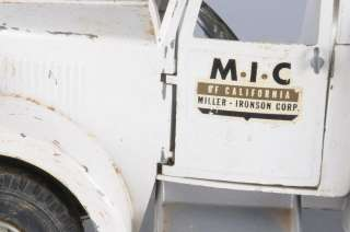 SMITH & MILLER MIC PRESSED STEEL TOW TRUCK 6 Wheels as is