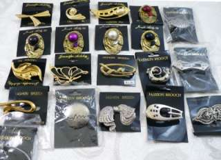 Lot of 20 Fashion Costume Jewelry Pins Butterfly Bow Lizard Abstract
