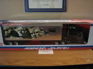 Freightliner Mount Rushmore Trailer 132 New Diecast