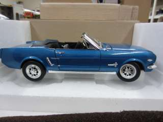 Scale 64 1/2 FORD MUSTANG CONVERTIBLE Die Cast Car 1964 blue